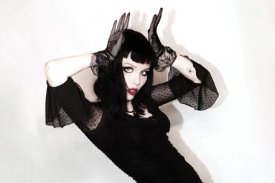 Alice Glass SUFFER AND SWALLOW Mp3 Download
