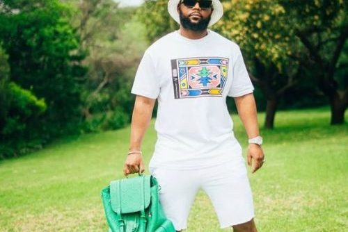 Cassper Nyovest comments Boohle's effort on his upcoming song